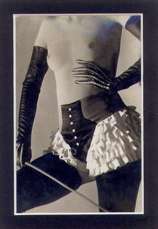 Roger_Schall_photograph_for_the_Diana_Slip_Lingerie_Company_1932