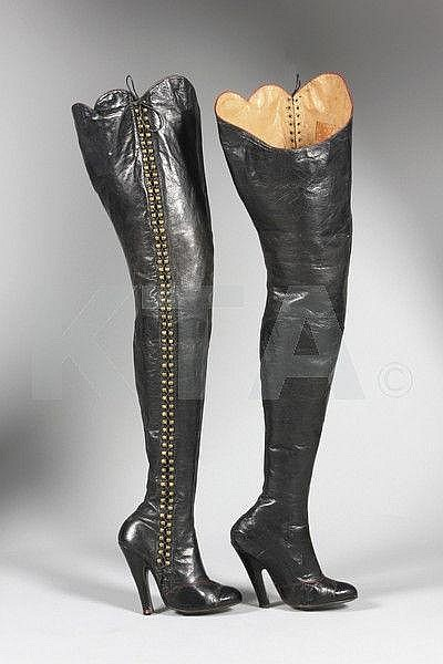 diana-slip-fetish-boots
