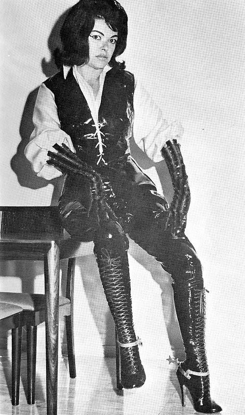 Nsfw Hot Kink Women In Kinky Boots From The 1920-1960S -8148