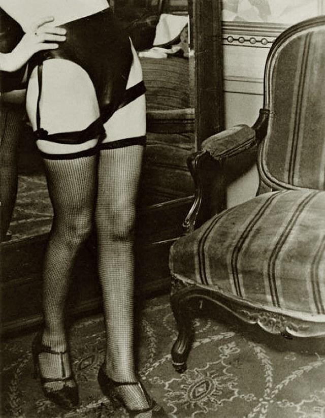 1960s vintage hairy pussy italian girl nudie reel - 2 6