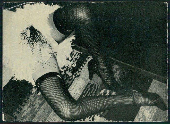stockings-vintage-Photogravure-DIANA-SLIP-Brassai-Jean-Moral-Roger-Schall-700x511