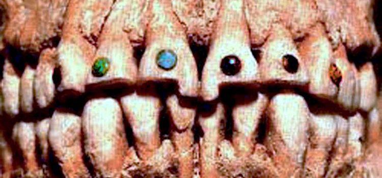 weird-but-beautiful-way-ancient-maya-used-to-decorate-their-teeth-51571