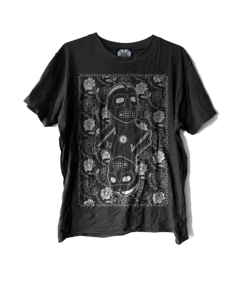 isolationist-shirt-mockup-06-900white-800×927