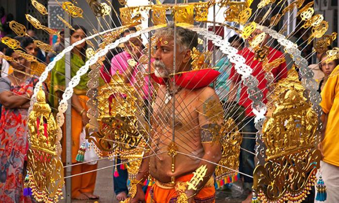 AkankashaD-Feb2015-Thaipusam-Shutterstock